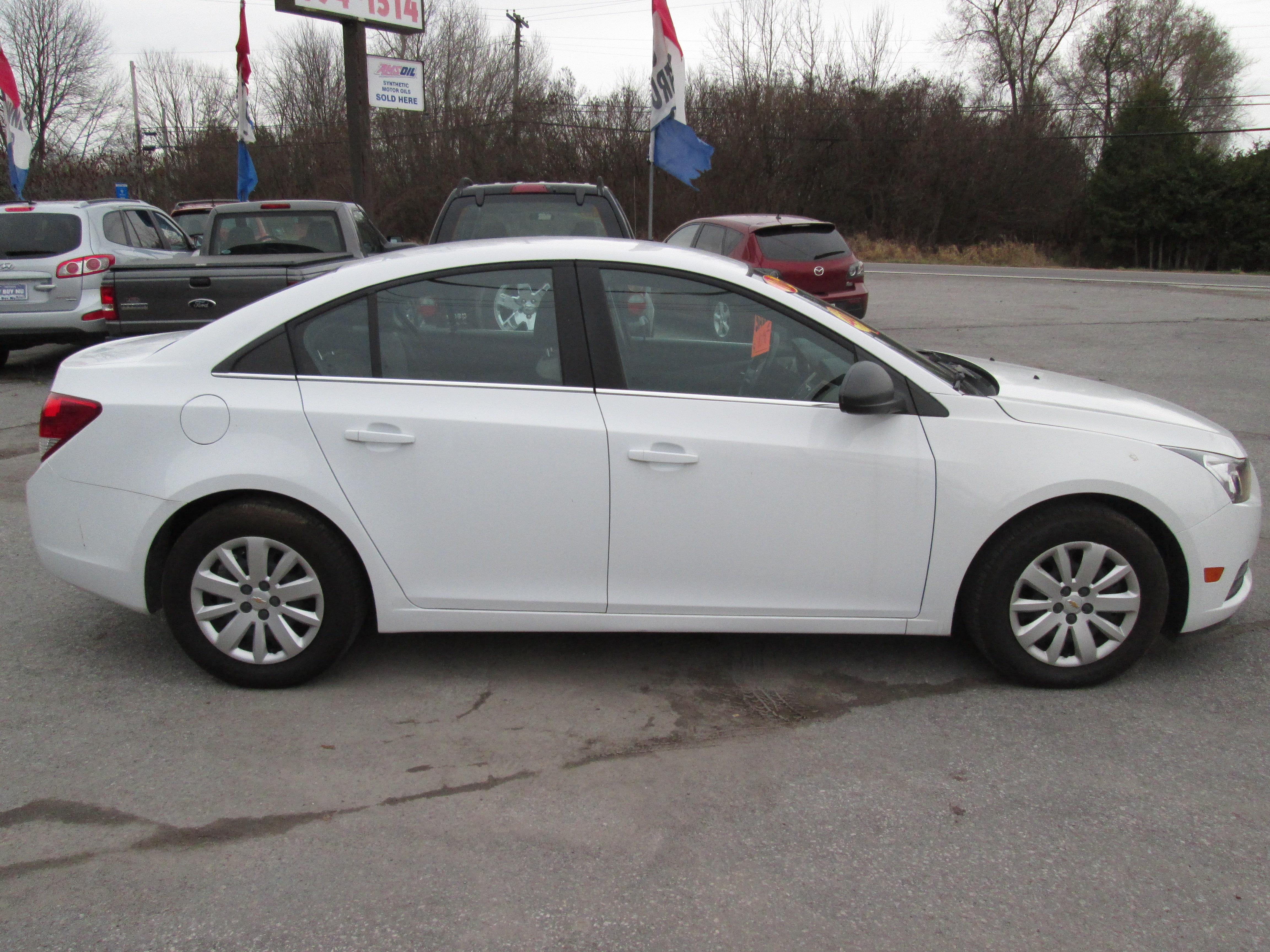 Y Buy Nu 2011 Chevrolet Cruze Ls Why Buy New